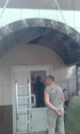 Фото навеса к дому 3